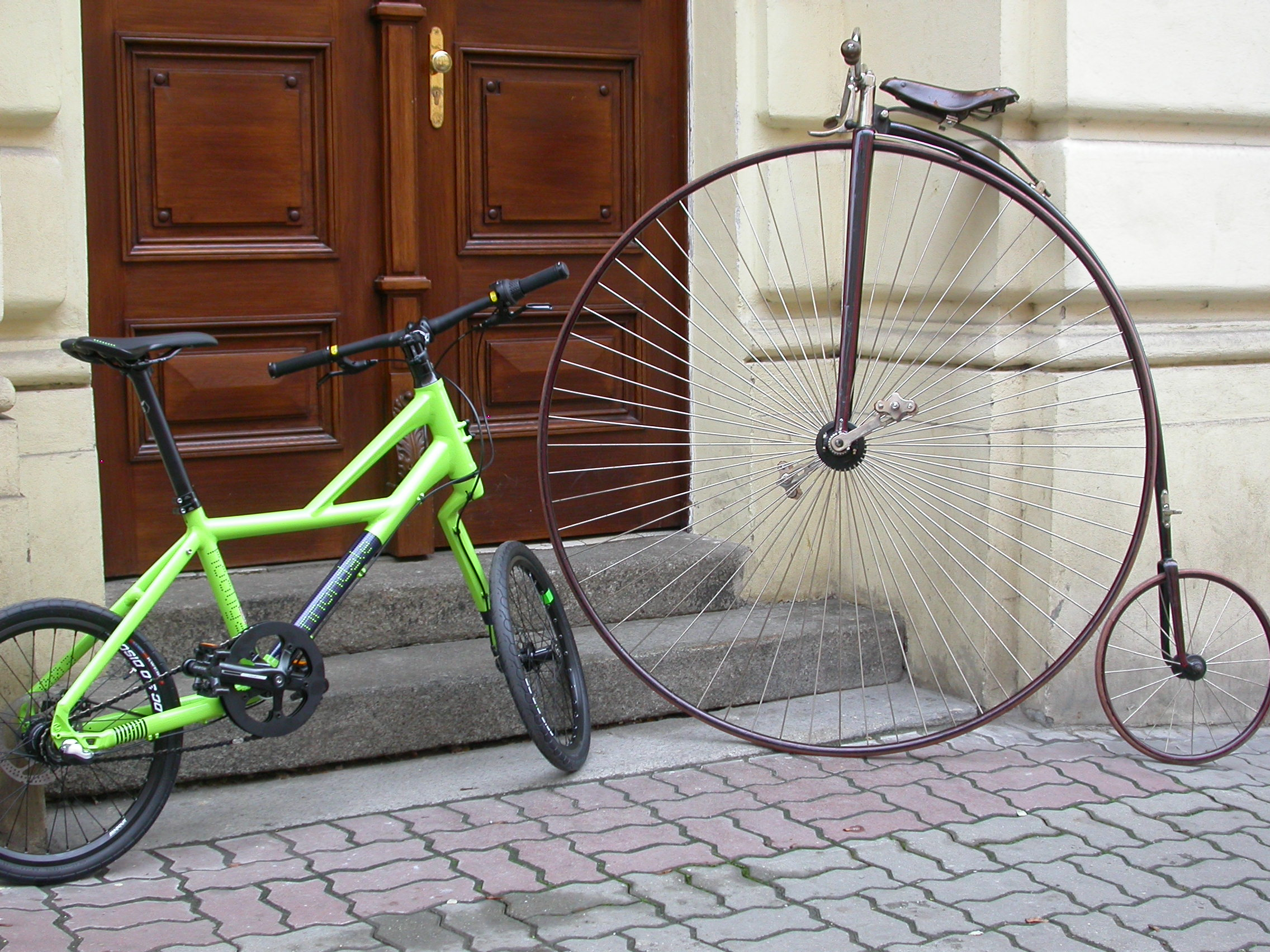 Cannondale Hooligan (2012) vs. Coventry Machinists Co. Ordinary bike (1886)