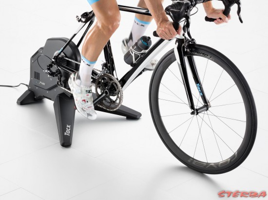 TRENAŽER TACX Flux smart
